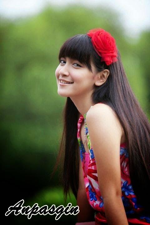 Foto Profil Biodata Melody Prima Agama Biografi Lengkap