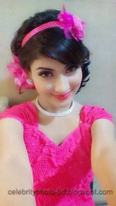 Beauty+Queen+Of+BD+Mehzabien+Chowdhury+With++Bidya+Sinha+Saha+Mim+Photos004