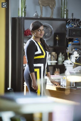"The Mindy Project - We're a Couple Now, Bitches! - Advance Preview : ""Frozen, Murder and Striptease"""