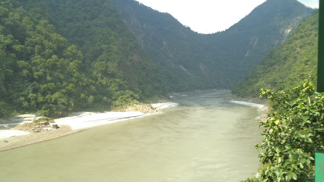 View Holi River Ganga