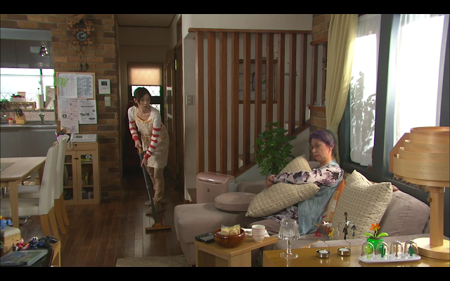 Last Cinderella - Miki's annoying mother-in-law with the purple hair