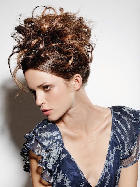 Lovely and easy updo hair styles