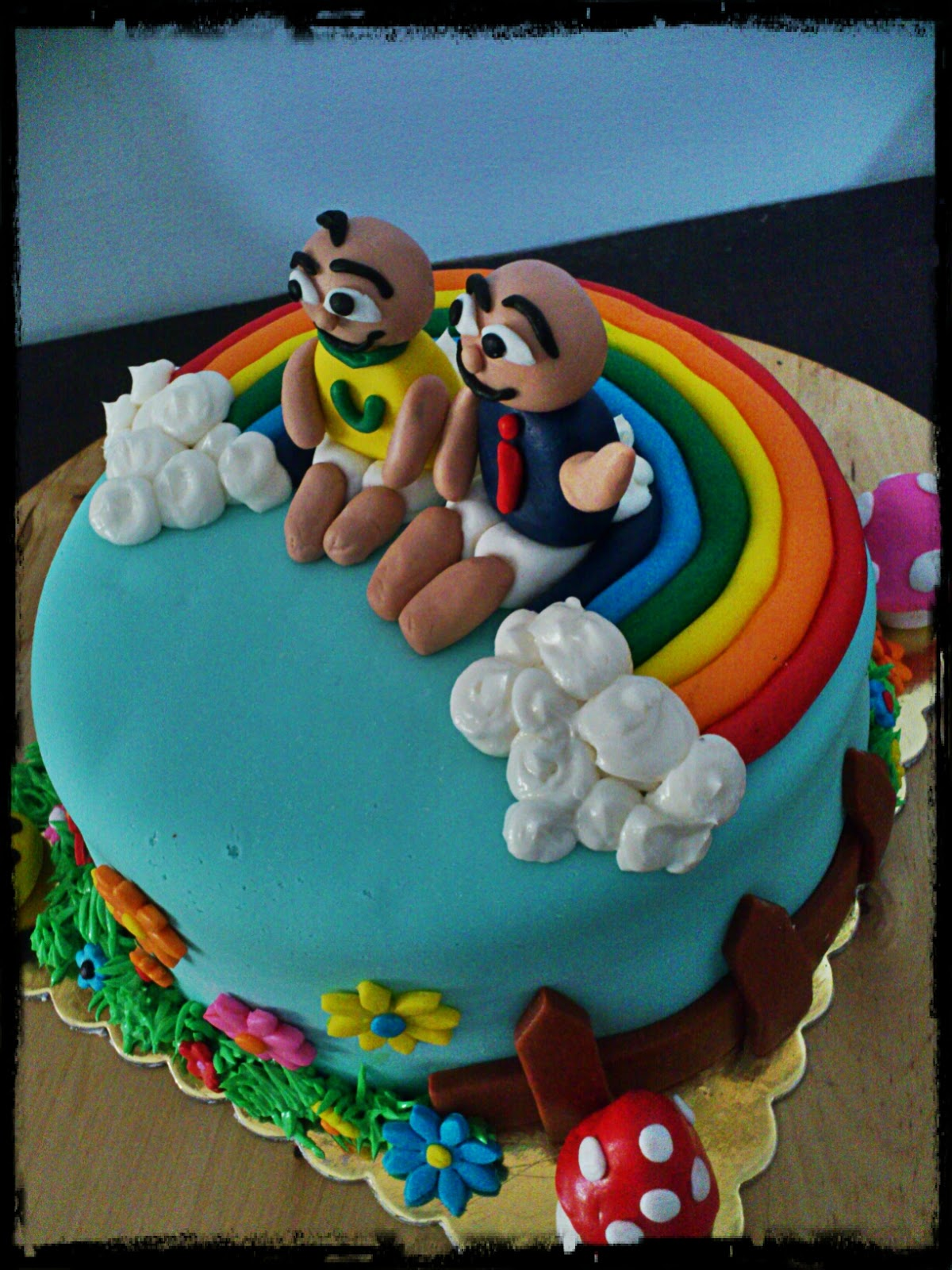 pandacookiss: Upin & Ipin themed birthday cake :)