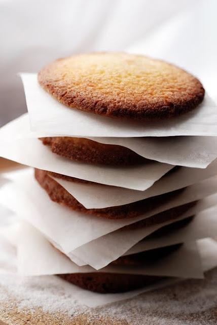 Le vendredi c'est retour vers le futur et des fois le samedi… Des biscuits à ne presque ne rien faire qu'à les dévorer ! Mes snicker'doodles !!!