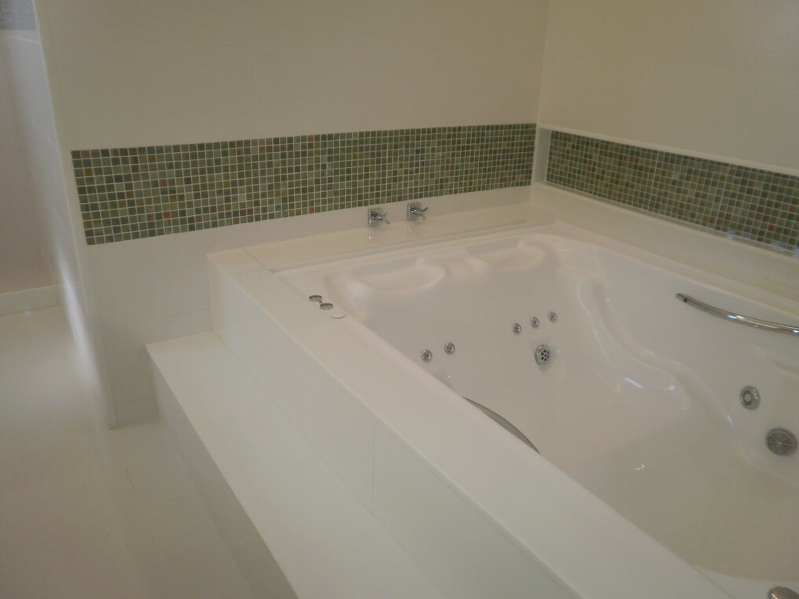 Reforma de Banheiro (com banheira) #58513A 1600 1200