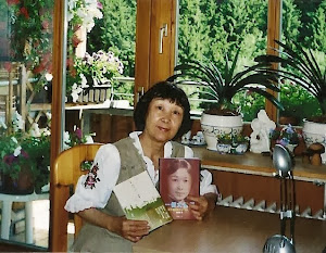 2010.5,与第二个孩子《童话中的一地书》。