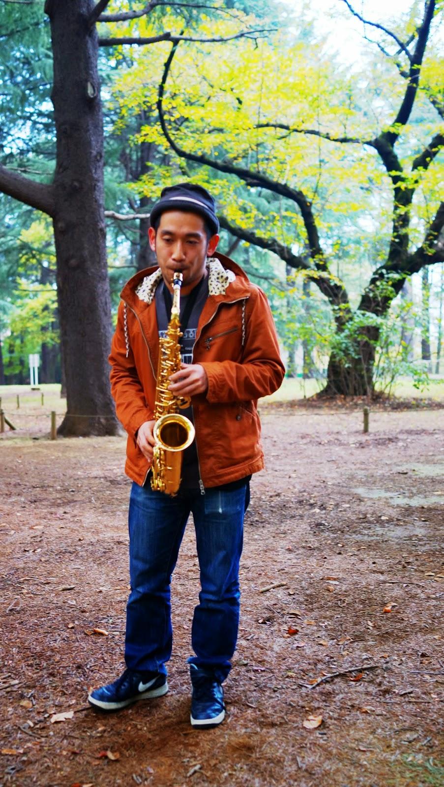 saxophone player Yoyogi Koen tokyo japan