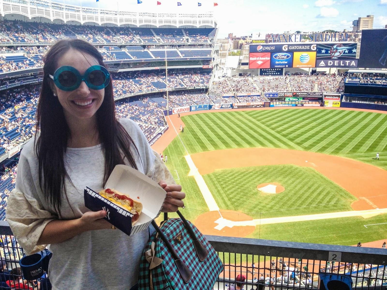 yankees vs red socks, yankees game, yankees stadium, new york yankees, yankee hotdog, ball game, anthropologie ootd