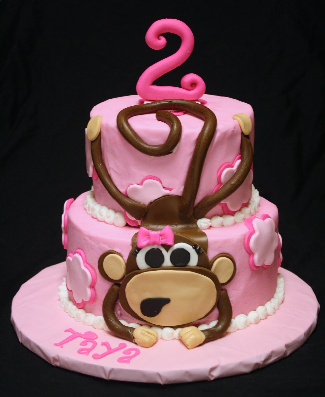 This little monkey cake was so much fun to make! It was made for ...