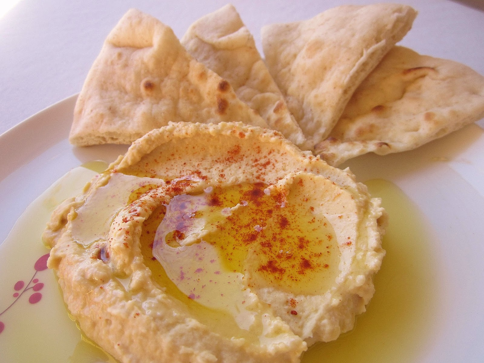 Dimples & Delights: Heavenly Homemade Hummus