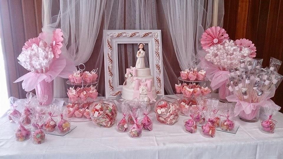 Mis dulces caseros loly tarta comuni n blanca y rosa un - Mesa de chuches casera ...