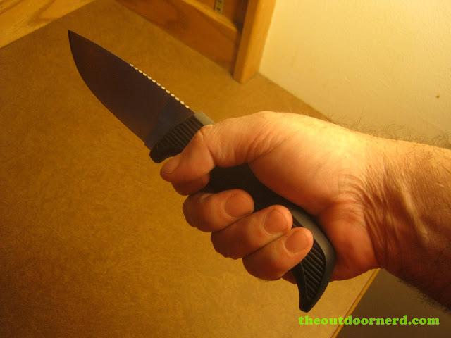 Kershaw Bear Hunter II Grip 2