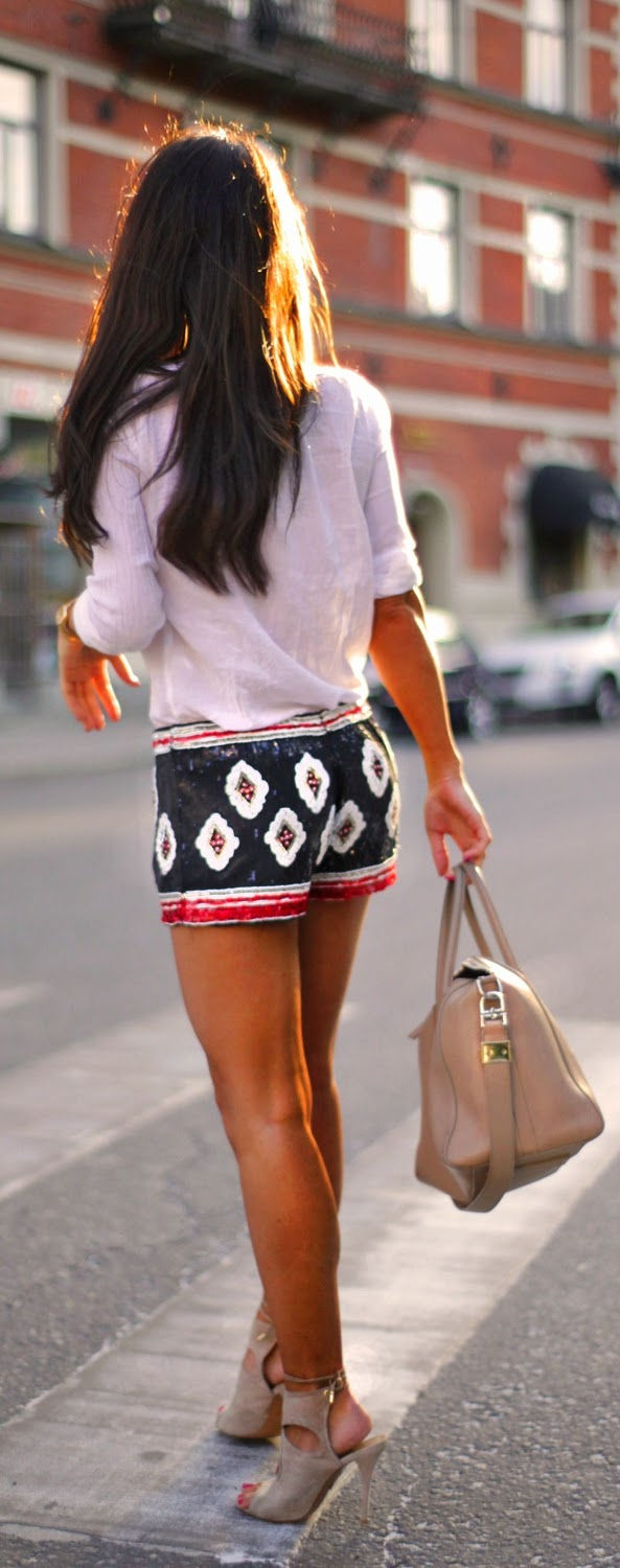 Prints and Sequins Sparkly Short , Leather Handbag and Ankle Heels | Summer Chic Outfits
