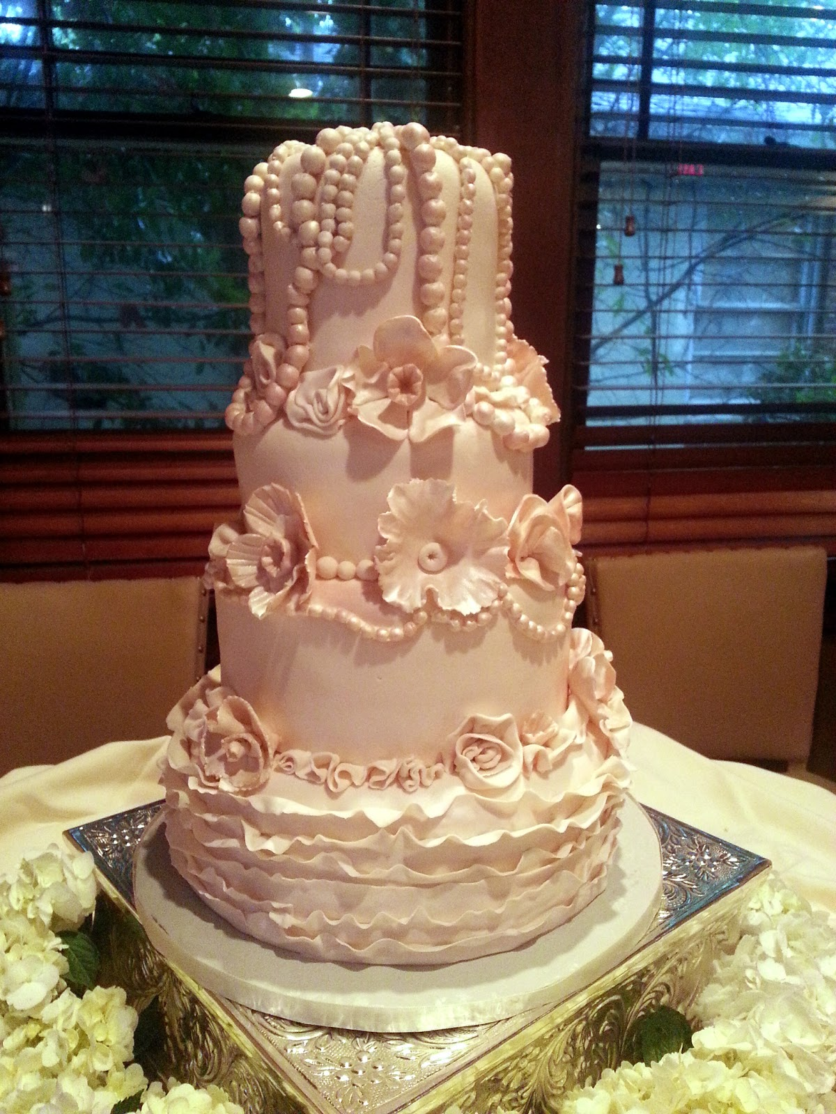 Unfor table Wedding Cakes