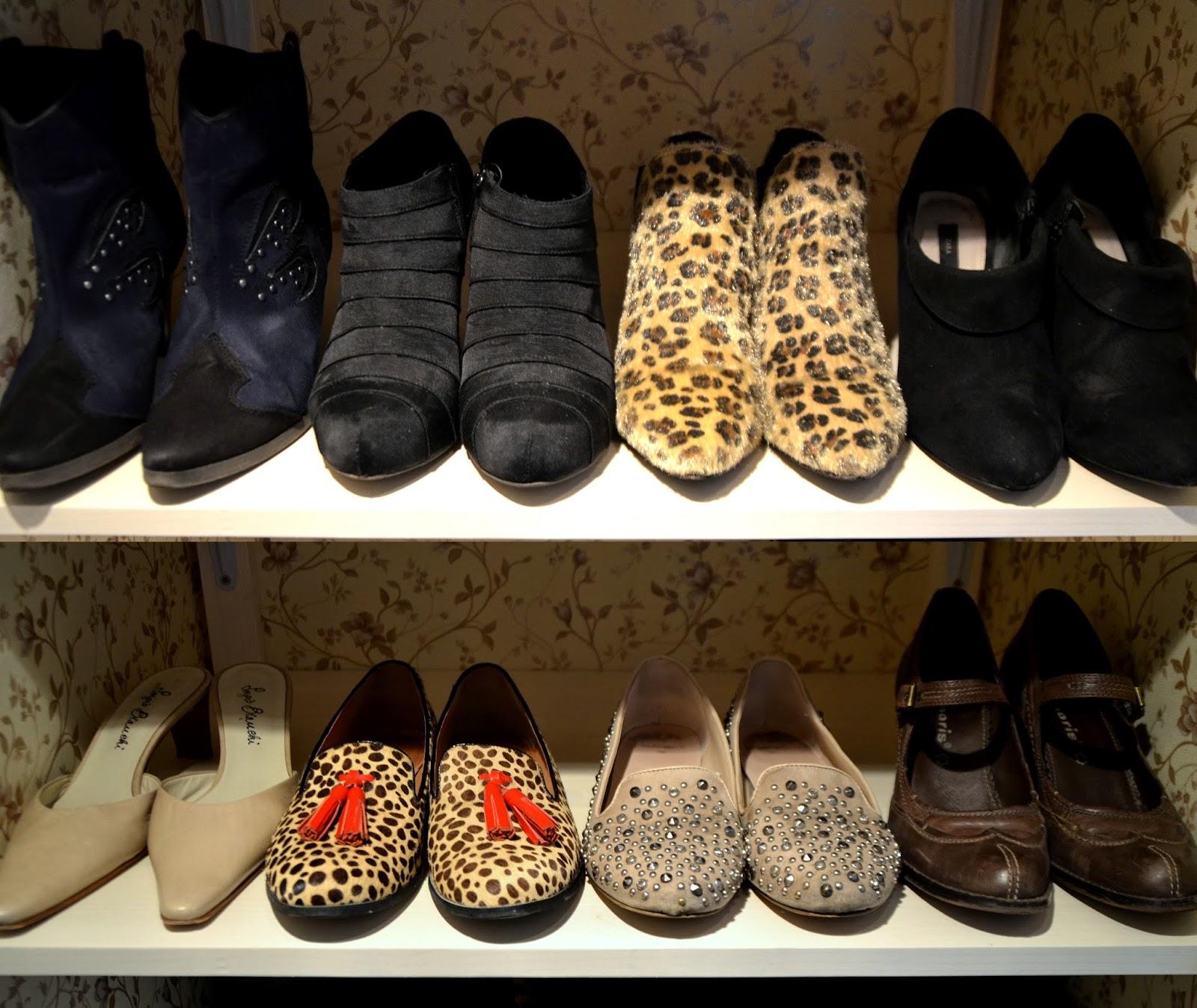 shoe closet flats slippers boots leopard