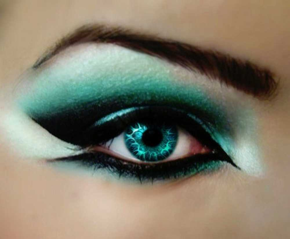 The Nicest Pictures: eyeshadow