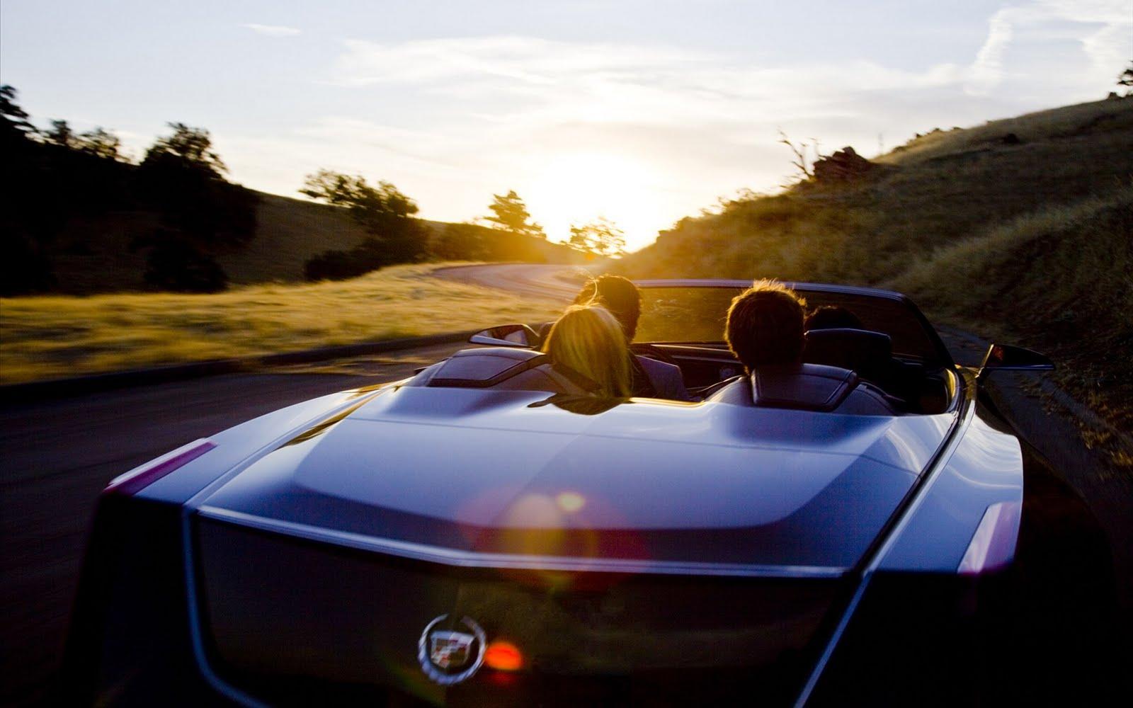 http://3.bp.blogspot.com/-9VX1Mv_6op4/TlFmEMcTKRI/AAAAAAAAAxE/ldAvP-p63nc/s1600/Cadillac-Ciel-Concept-2011-widescreen-02.jpg