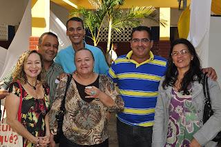 Eva, Pawlo Cidade,Andreson, Genny Xavier, o prefeito de Itapé Jackson Rezende e Jane