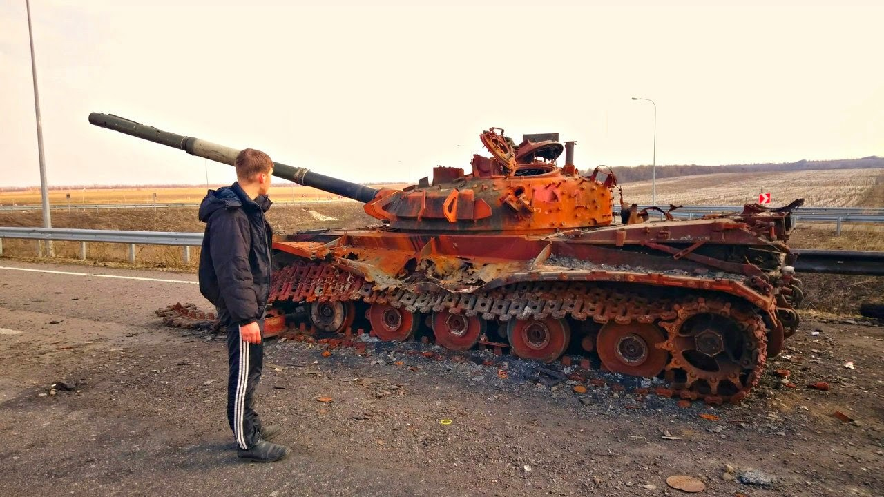 Sobre los T-64 y su desempeño en Ucrania RUeu_Nu4Z-c