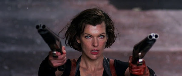Screen Shot Of Hollywood Movie Resident Evil 5 Retribution (2012) In Hindi English Full Movie Free Download And Watch Online at worldfree4u.com