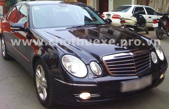 Cho thuê xe Mercedes E240 hạng sang 1
