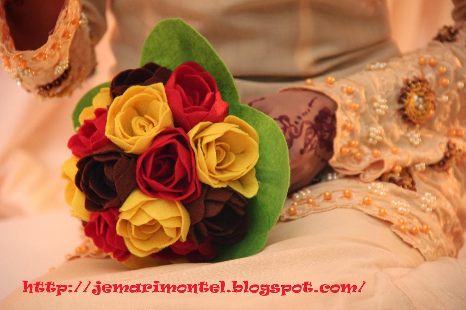 bunga tangan warna kuning, merah, coklat