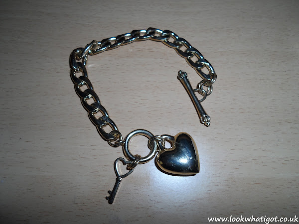 Look What I Made:002 Re-vamping a charm bracelet