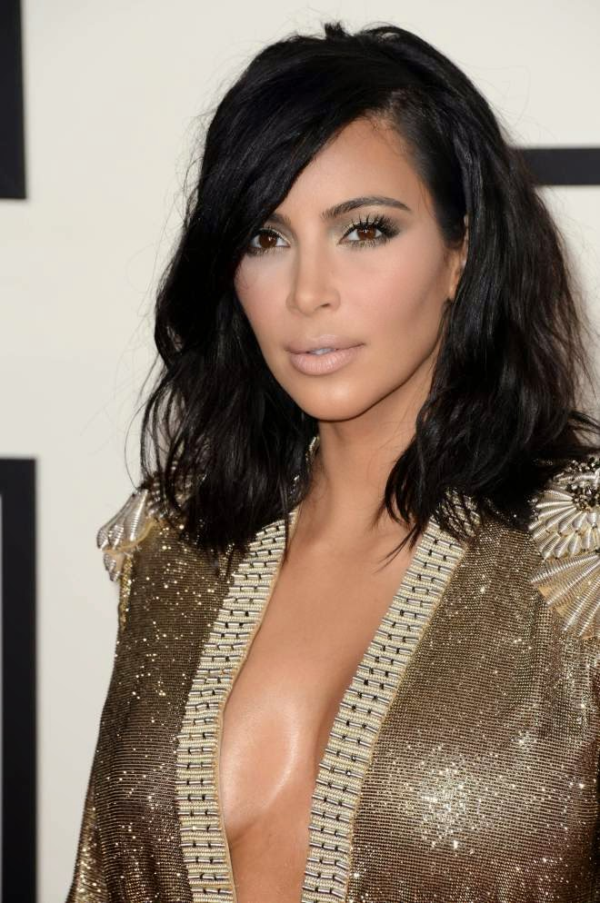 Kim Kardashian Super Hot Stills