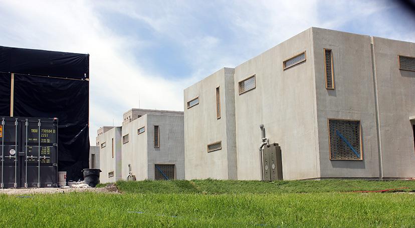 ArchitectureChicago PLUS: Hilberseimer Place? Divergent's ...