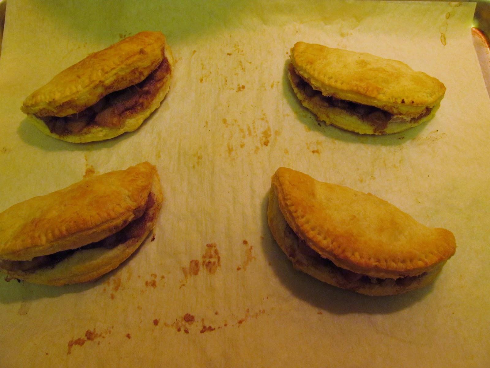 The Freshman Cook: Secret Recipe Club~Apple Empanadas!