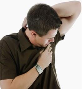 remedios para eliminar manchas de desodorante, como eliminar manchas de desodorante en la ropa, como sacar las manchas de desodorante y sudor en las camisas, de que forma sacar manchas de desodorante en la ropa camisas negras, de que forma sacar manchas de desodorante en la ropa negra blanca y de color, manchas de sudor en ropa blanca, remedios para eliminar manchas en la ropa