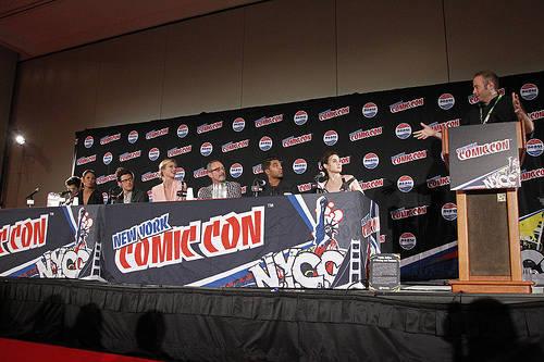 Stitchers Cast at New York Comic Con