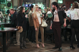 2 Broke Girls - Episode 3.19 - And The Kilt Trip - Press Release