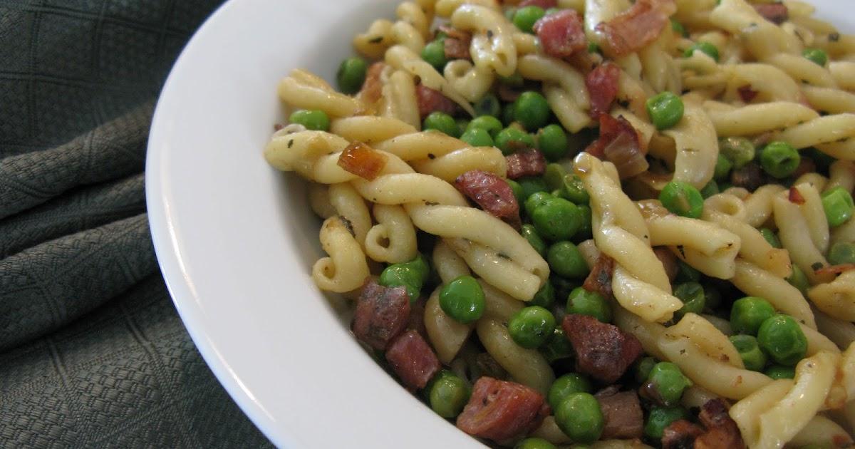 La cuisine de sylvie gemellis la pancetta aux petits pois et au piment de cayenne - La cuisine des petits ...