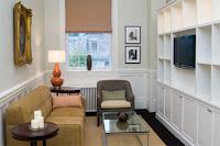 Ruang tamu apartemen paduan tradisional dan modern