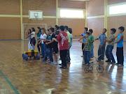 . do Turno Integral apresentou a coreografia da música 'camaro amarelo'.