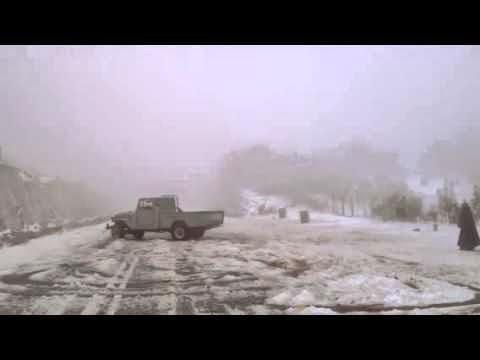 ابوشنب لم تمنعة الثلوج من التفحيط