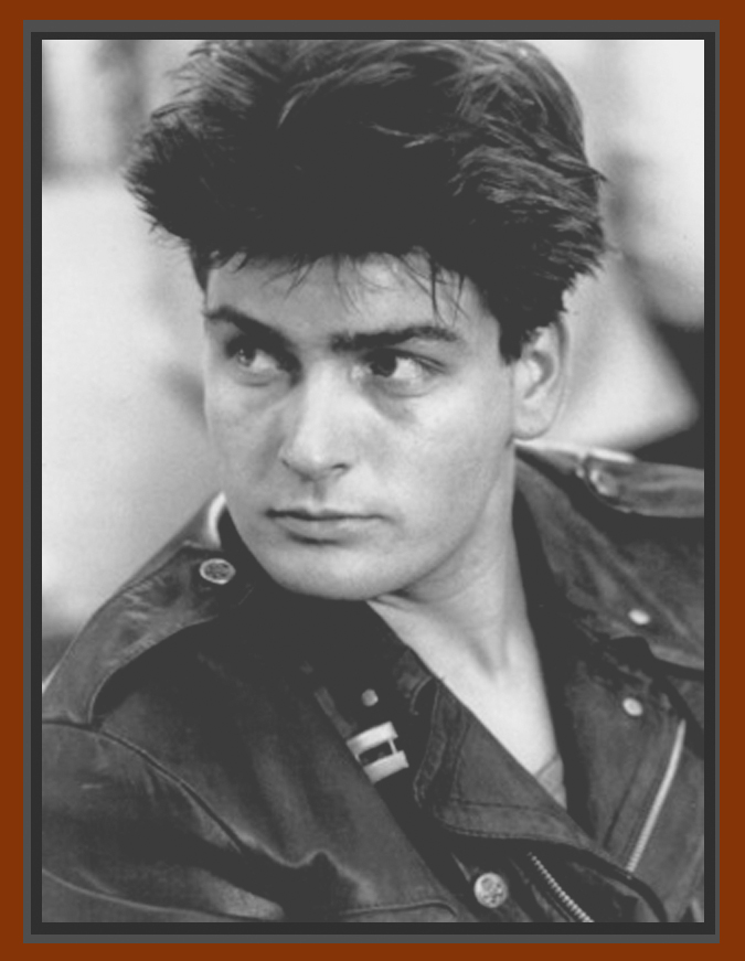 charlie sheen younger days. charlie sheen young pictures.