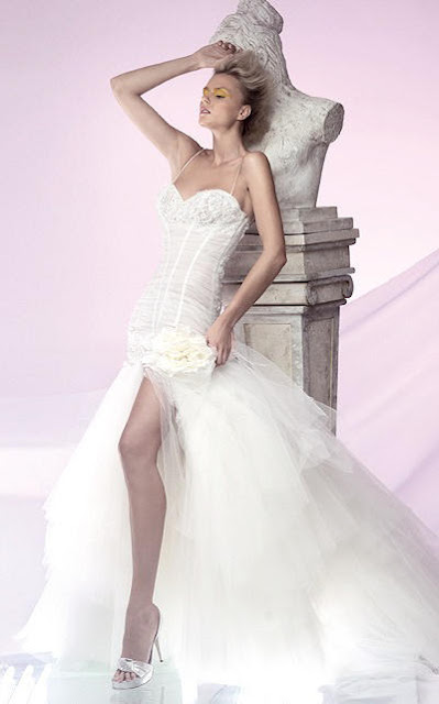 A-line Sweetheart Sweep Train Lace Ball Gown Wedding Dress