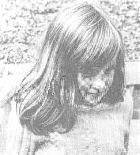 Công nương Diana lúc 8 tuổi