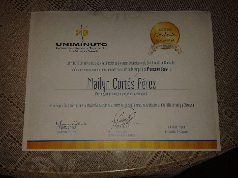 """Mix News ganador del Premio Cambiando Vidas Egresada destacada en categoría """"Proyección Social"""""""