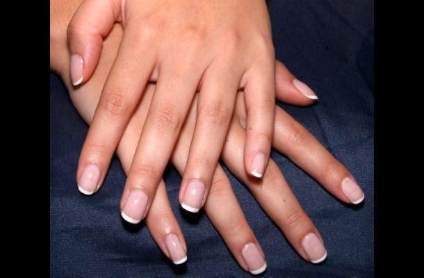 Como curar la supuración sobre el dedo cerca de la uña