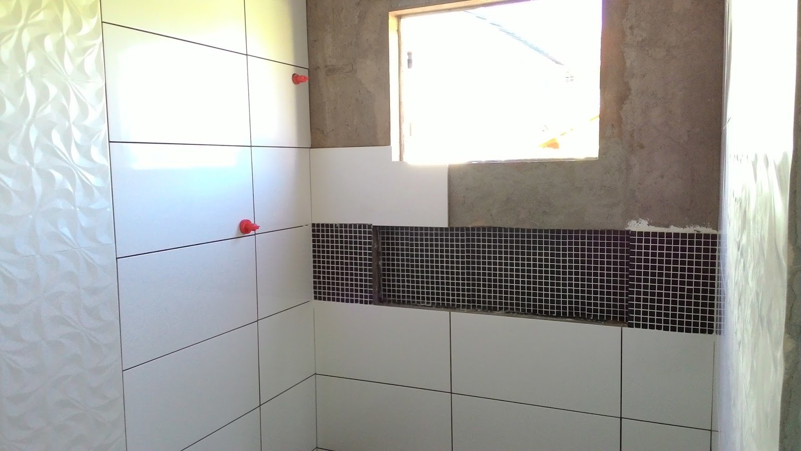 Imagens de #7D784E  Sonhado: Atualização do banheiro (Pastilhas de vidro pigmentado 1600x900 px 2358 Box De Vidro Banheiro Porto Alegre