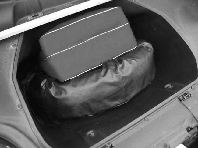 bagażnik, pakowność, luggage, walizka, ekwipunek, storage, miejsce, Toyota MR2, ZZW30, trzecia generacja, MK3