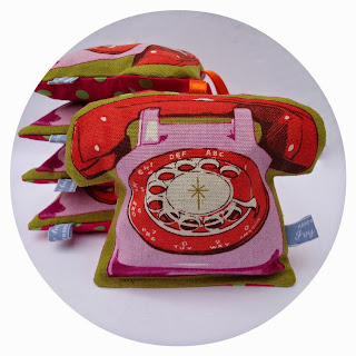 Pink retro telephone lavender bag