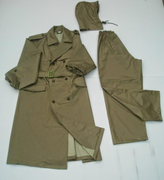bảo quản áo mưa bền lâu