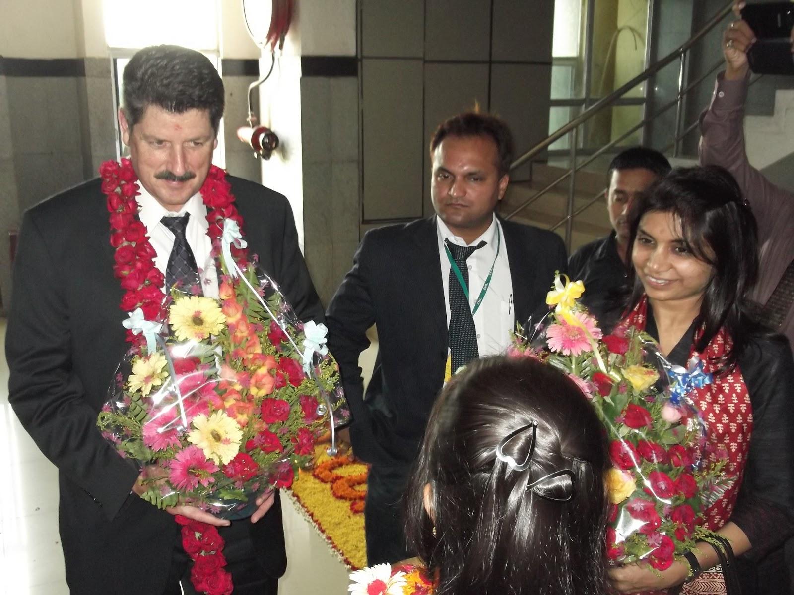 ziqitza health care limited mr steve murphy visits 108 odisha office