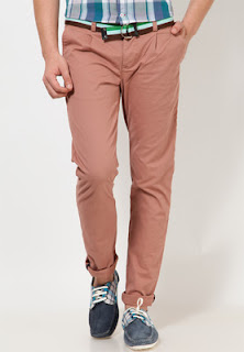 Pink coloured casual trousers
