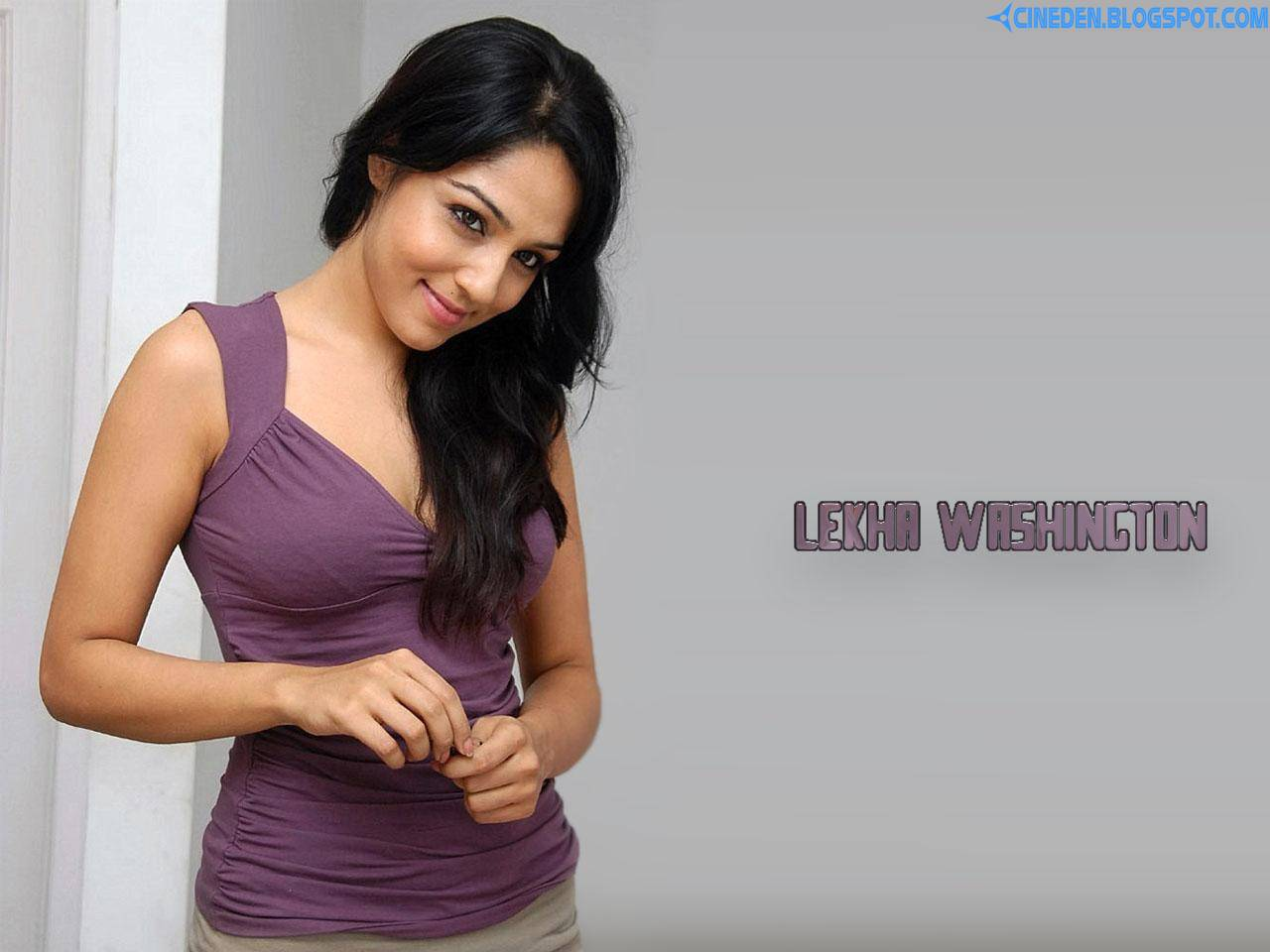 Lekha Washington has a Blast
