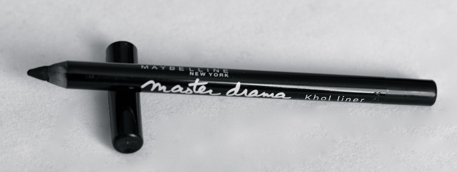 Top eye pencil: Maybelline Master Drama Khol liner